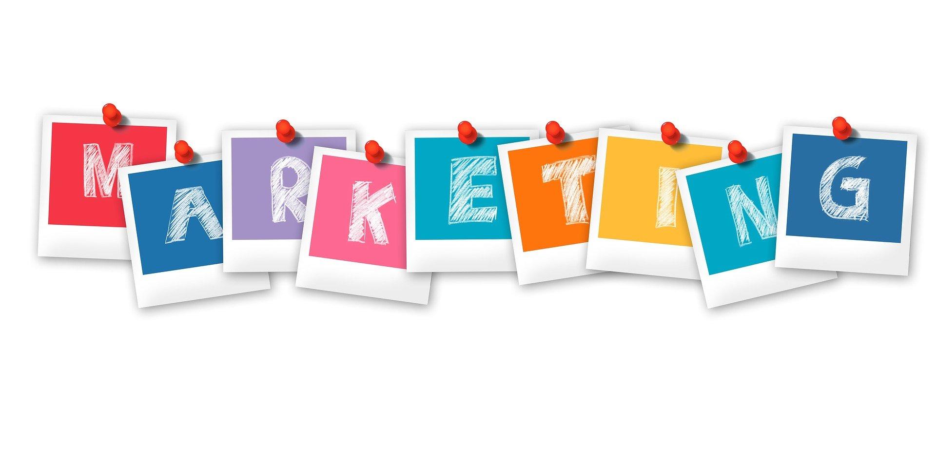مميزات وعيوب التسويق عبر الإنترنت